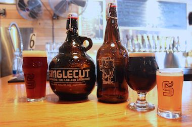 Singlecut Beersmiths Growlers